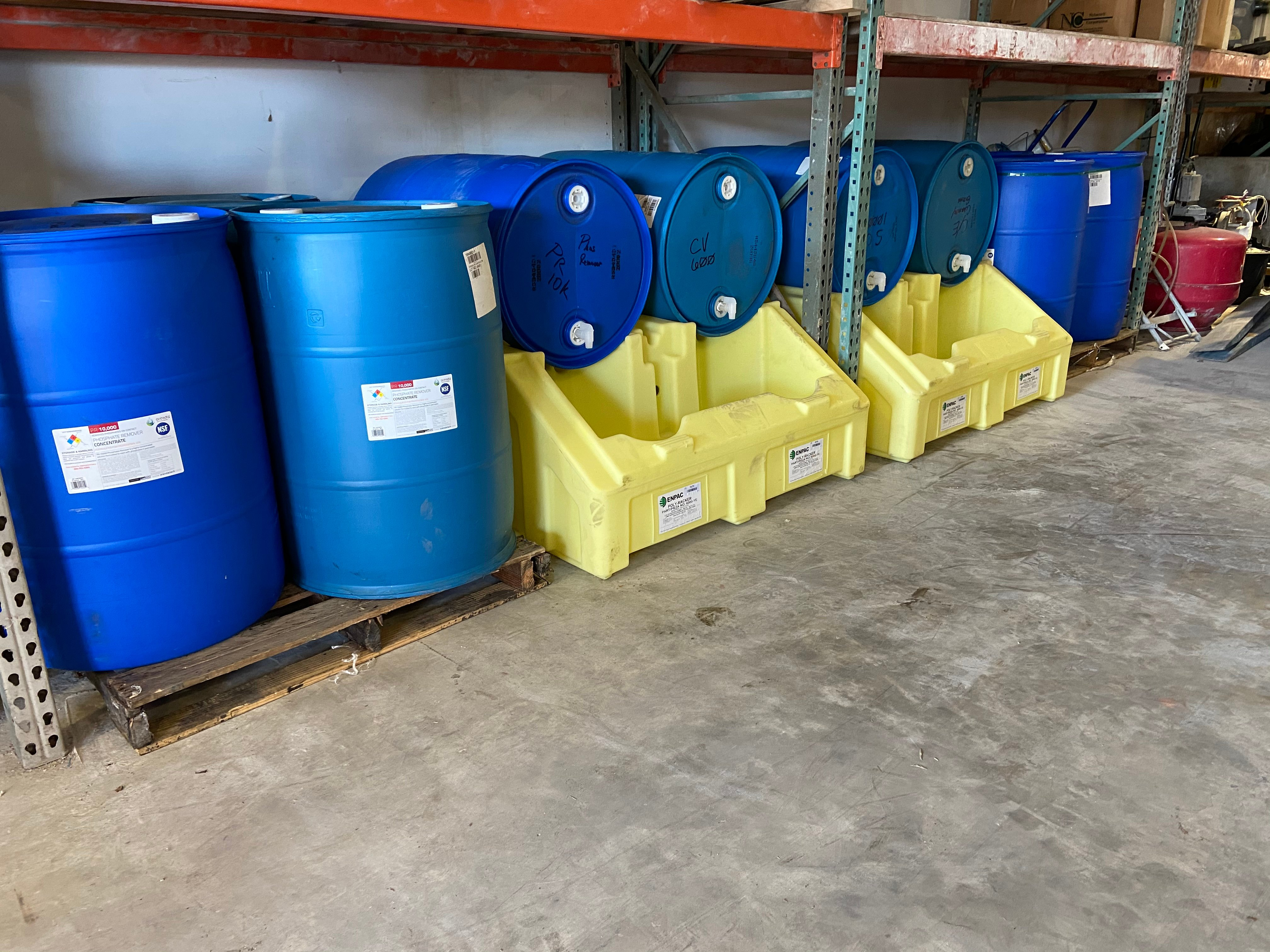 55 gallon orenda drums, pool chemical storage, how to store chemicals, chemical spill containment, spill containers, 55 gal spill