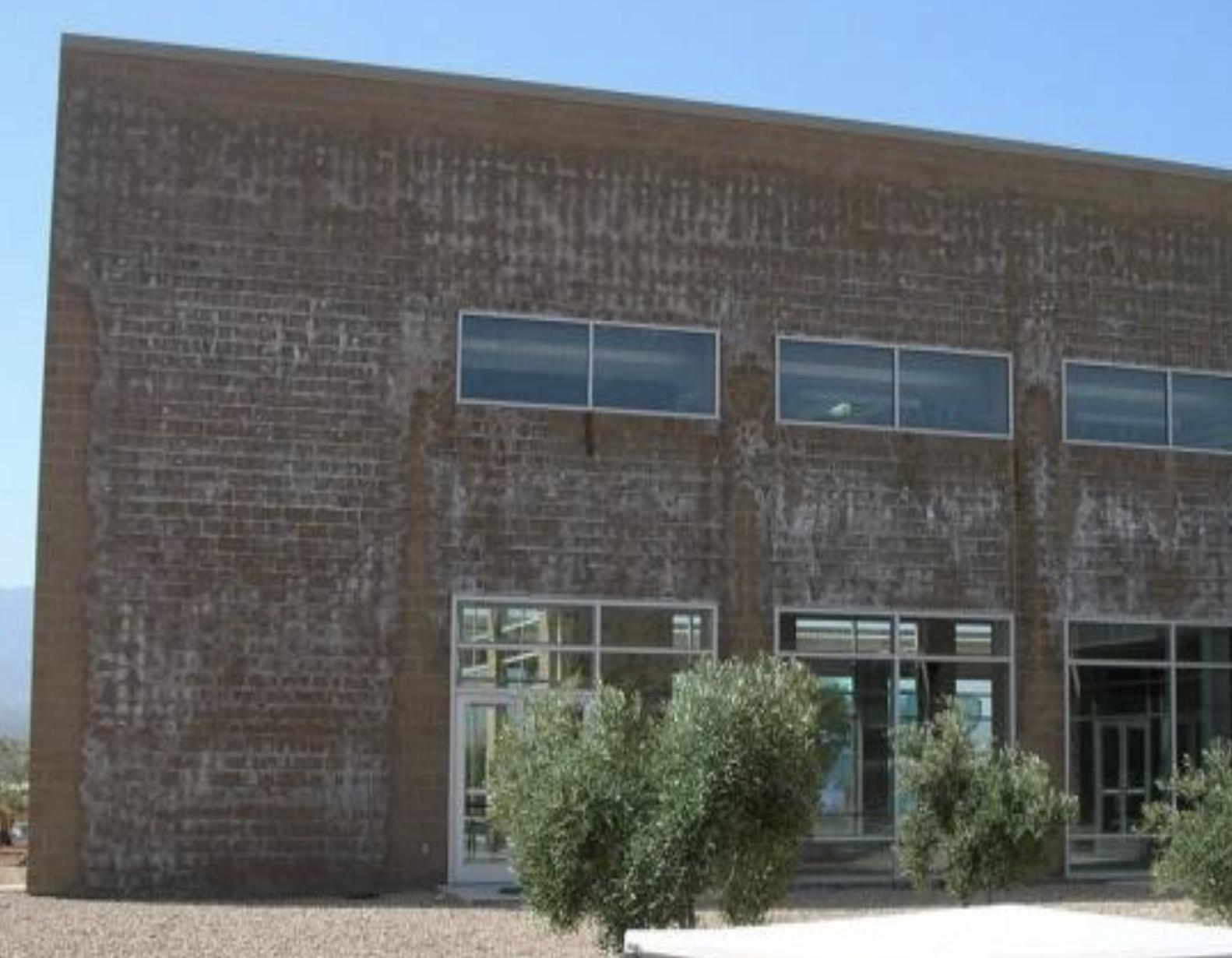 building efflorescence, no vapor barrier, vapor barrier natatorium